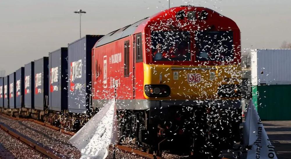12月铁路总局连续三次调度令发布停装通知